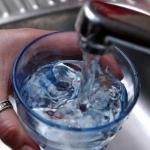 Firenze: Pietrasanta, acqua non potabile a Valdicastello, allarme in ritardo di 4 anni
